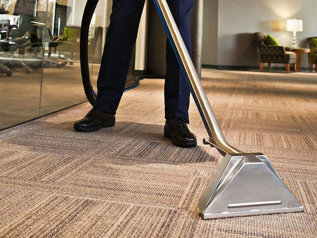 vacuum-professional-carpet-cleaning-solutions